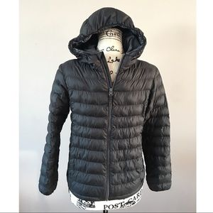 Uniqlo packable puffer jacket gray boys 11